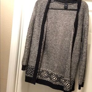 Gap patterned cardigan